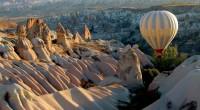 """Kapadokya, eski Pers dilinde 'Güzel Atlar Ülkesi' anlamına gelen """"Katpatuka"""" sözcüğünden kaynaklanmış.Bu harika yerde doğanın olağanüstü güzellikleri ile büyülenip, adeta tarihte gezintiye çıkacaksınız. 1. GÜNİSTANBUL..."""